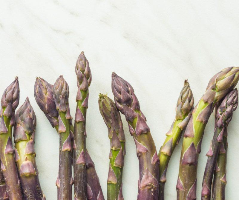fresh-purple-asparagus-PNLV7NC